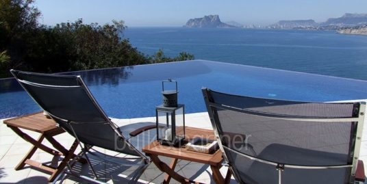 Superb luxury villa in prime location in Moraira El Portet/Cap d'Or