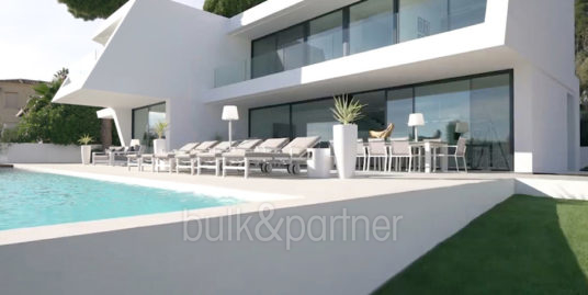 Villa de lujo con perfectas vistas al mar en Moraira Benimeit