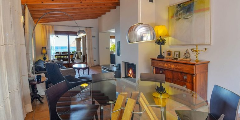 Frontline villa in Benissa Les Bassetes - Dining area - ID: 5500695