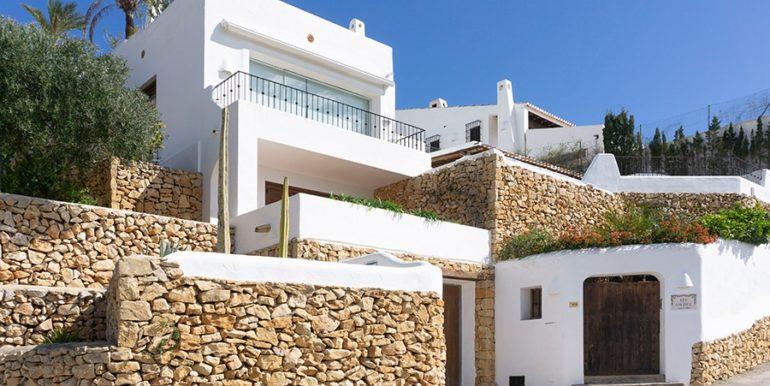 Außergewöhnliche Luxusvilla im Ibiza-Style in Moraira El Portet - ID: 5500687 - Architekt Joaquín Lloret