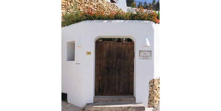 Außergewöhnliche Luxusvilla im Ibiza-Style in Moraira El Portet - Alte antike Eingangstür - ID: 5500687 - Architekt Joaquín Lloret