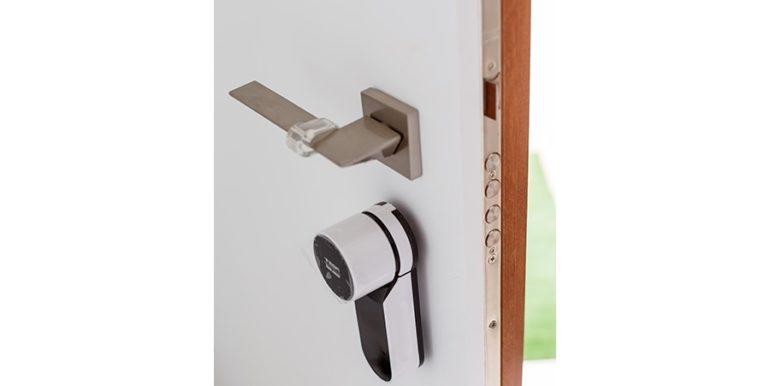 Villa de lujo de diseño moderno en Moraira Moravit - Cerradura de la puerta - ID: 5500684 - Arquitecto Ramón Esteve