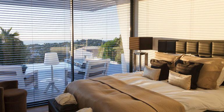 Luxury villa with perfect sea views in Moraira Benimeit - Bedroom with sea views - ID: 5500670 - Architect Ramón Gandia Brull (RGB Arquitectos)