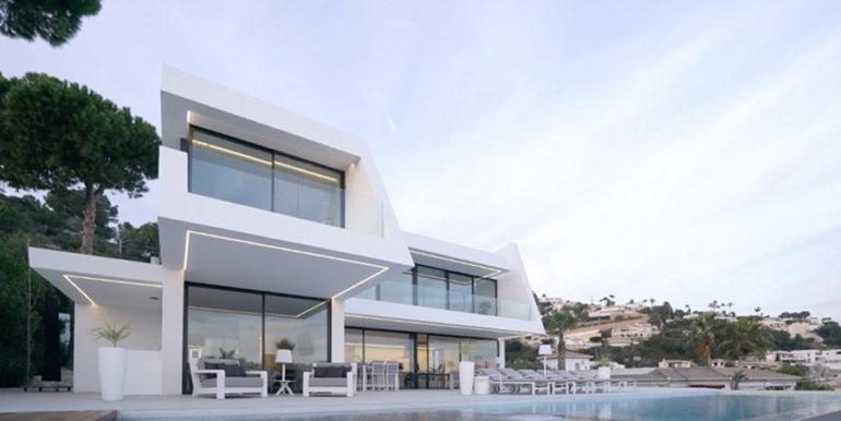 Luxury villa with perfect sea views in Moraira Benimeit - Pool terrace -illuminated by twilight - ID: 5500670 - Architect Ramón Gandia Brull (RGB Arquitectos)