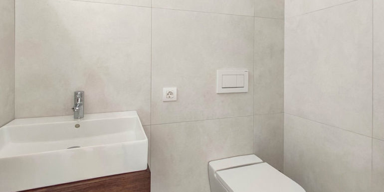 Luxury villa with beautiful sea views in Moraira Benimeit - Guest toilet - ID: 5500671 - Architect Ramón Gandia Brull (RGB Arquitectos)