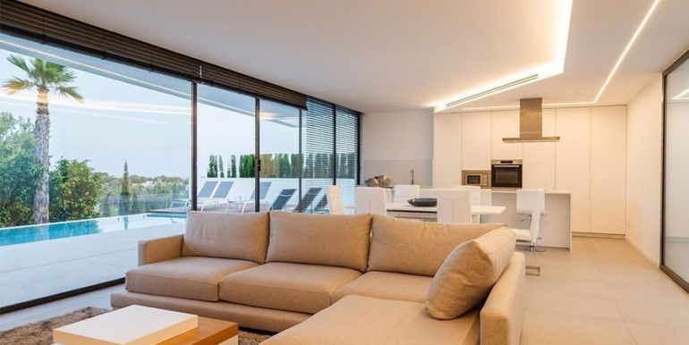 Luxury villa with beautiful sea views in Moraira Benimeit - Living/dining area and open kitchen - ID: 5500671 - Architect Ramón Gandia Brull (RGB Arquitectos)