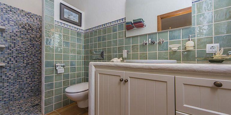 Exclusive Finca property with privacy in Jávea Cuesta San Antonio/La Plana - Bathroom with shower in guest house - ID: 5500679