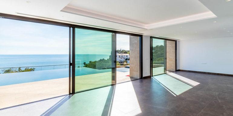 Villa de lujo de nueva construcción en Jávea Balcón al Mar - Comedor y sala de estar con vistas al mar - ID: 5500698