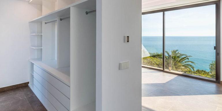 Villa de lujo de nueva construcción en Jávea Balcón al Mar - Vestidor y dormitorio principal - ID: 5500698