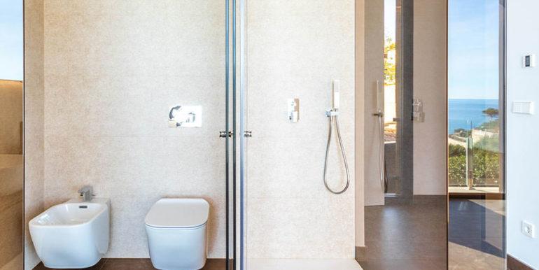Villa de lujo de nueva construcción en Jávea Balcón al Mar - Baño, bidé y ducha en el dormitorio principal - ID: 5500698