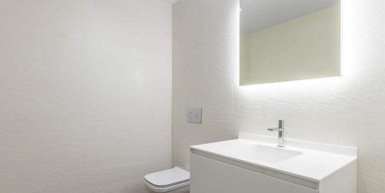 Villa de lujo de nueva construcción en Jávea Balcón al Mar - Aseo en el sótano - ID: 5500698