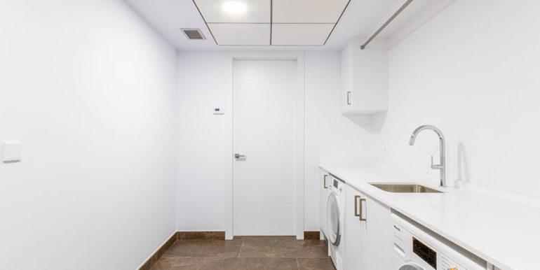 Villa de lujo de nueva construcción en Jávea Balcón al Mar - Lavadero y cuarto de servicio - ID: 5500698